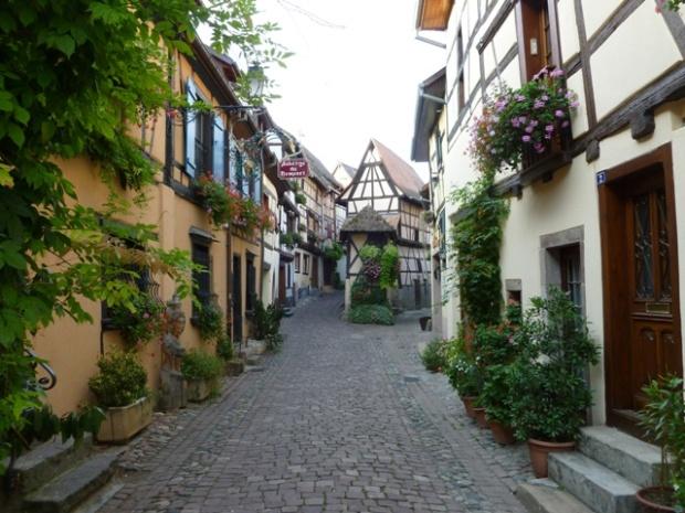Alsace strasbourg colmar chateaux et villages haut koenigsbourg ribeauville eguisheim - Office de tourisme eguisheim ...